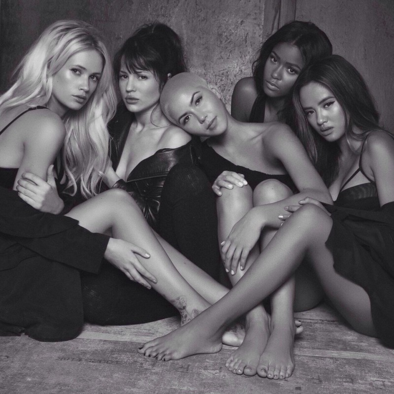 GRL Photoshoot with James Hickey (Lauren Bennett, Natasha Slayton, Paula Van Oppen, Simone Battle and Emmalyn Estrada)