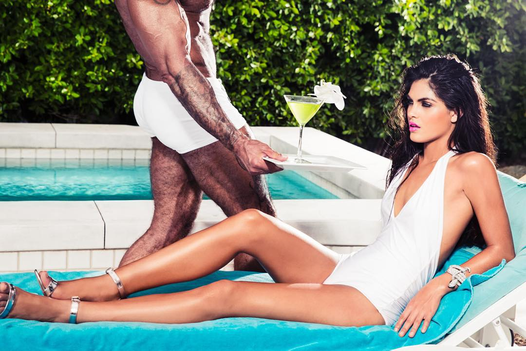 Care for a drink Miss? Don't mind if I do! #palmsprings #poolglam with @scottbarnes68 #scottbarnes #makeupartist #bodybling @frankgalasso1 #hairstylist @aliciaruelas #model @tjunqueira #creativepartner @jameshickeystudio #lafashionphotographer #jameshickey #jameshickeystudio #picoftheday #hardbody #goldsgym