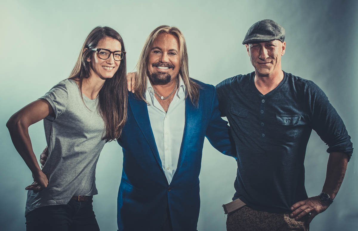 Behind the scenes with Vince Neil of Motley Crue, Los Angeles music photographer James Hickey & Tatiana Junqueira.